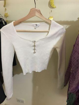 Missguided white long sleeve knitted crop hook and eye