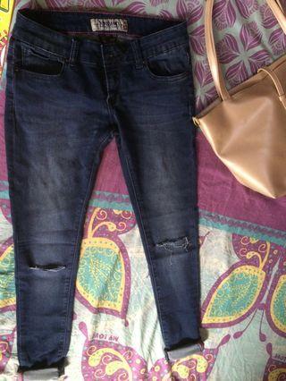 Skinny jeans size M