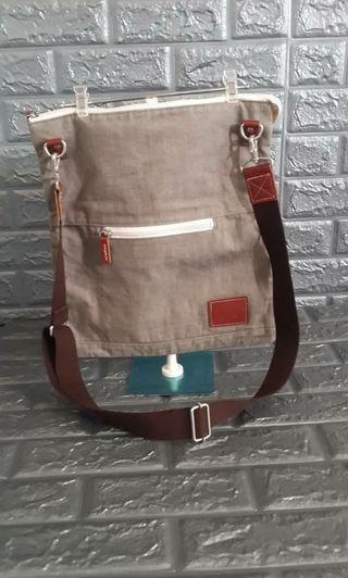 DOCHE DIV messenger slingbag Unisex