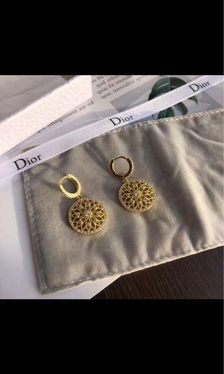 Dior 正品earrings