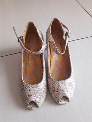 🚚 Macanna麥卡納魚口鞋