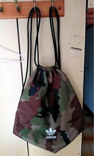 愛迪達 拉繩式束口袋雙肩後背包