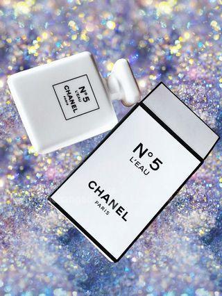CHANEL N°5 L'EAU Aroma Stone Diffuser VIP Gift 經典5號香水瓶陶瓷香薰擴香石擺件紙鎮。