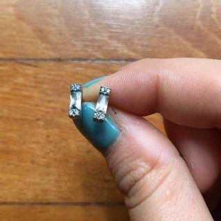 🚚 Cuboidal emerald cut studs in 925 silver