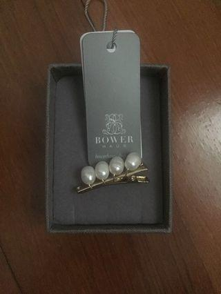 Bower Haus oval pearl slide