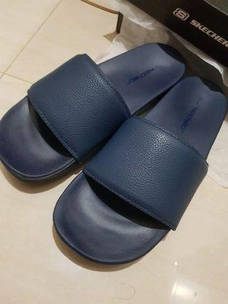 Skechers slipper navy