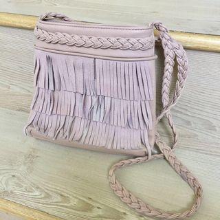 🚚 藕粉色麻花編織歐美波希米亞風格流蘇皮質斜背肩背春夏小包