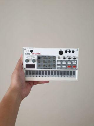 KORG VOLCA SAMPLE (MINT CONDITION WITH BOX)