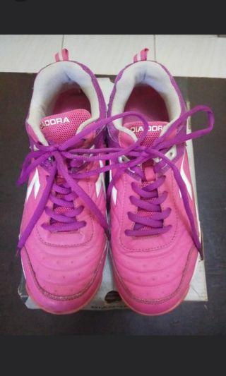 Diadora's Running Shoes #mauthr