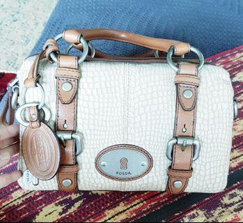 Authentic Fossil Vintage Genuine Leather Handbag