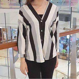 Stripe vneck blouse
