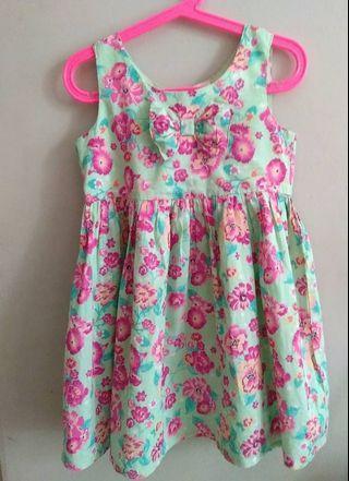 Kids Dress Size  4-5 yrs