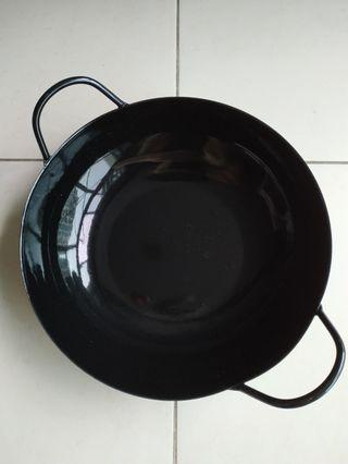Brand new 26cm metal Chinese wok