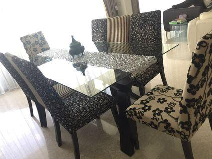 Dining table with 10chairs