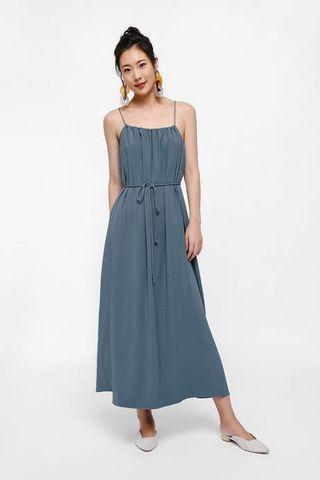 🚚 Finalise Camisole Maxi Dress in Dusty Blue