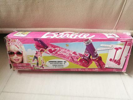 Barbie滑板車送全套全新兒童Barbie安全頭盔護手及護膝