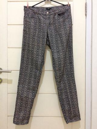 H&M Patterned Trousers