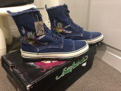 Brand new frenz Australia high top sneakers