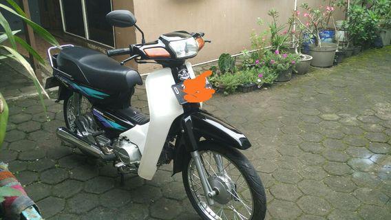 Honda astrea