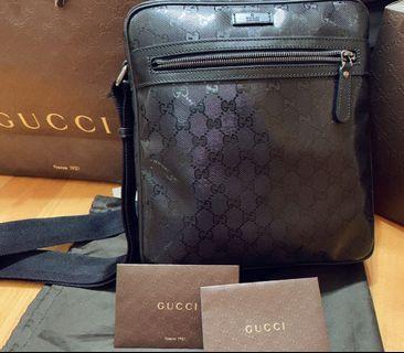 🚚 Gucci 防水斜背肩背側背包