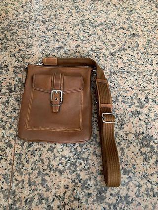 🚚 COACH sling bags until 6/1(sat)