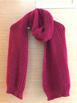 🚚 Knitted scarf (maroon)