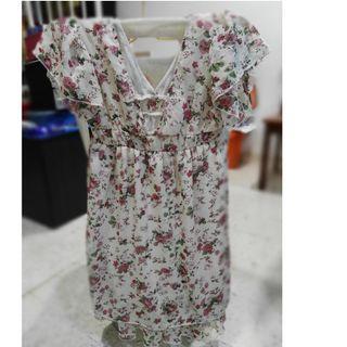 Floral Low-Cut Short Dress