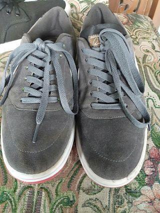 Sepatu nike rodriguez