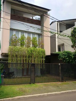 Rumah Jl. Bima No. 9, Bintaro, Jaksel