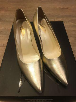Mini Shoes 淡金色尖頭高跟鞋
