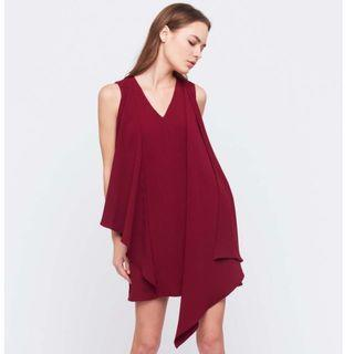 🚚 V NECK DRESS WITH FRONT DRAPE IN MAROON