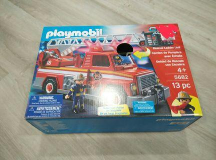 (With Free Gift) Playmobil City Action Rescue Ladder Unit Fire Engine Truck 5682