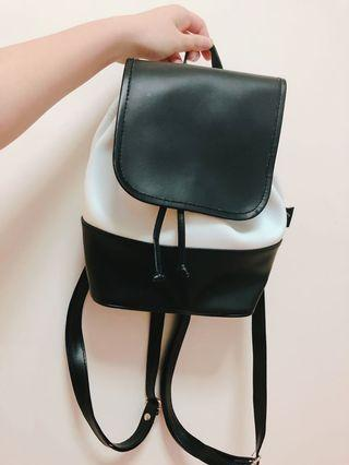 Black and White Mini Backpack 黑白迷你背包
