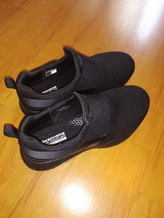 Skechers running shoe for men