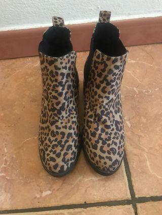H&M print boots