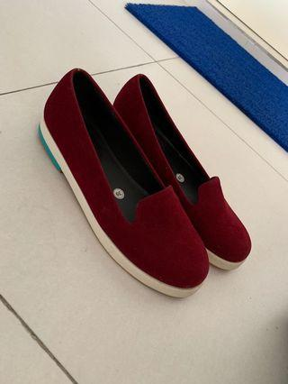 13th Maroon Shoes
