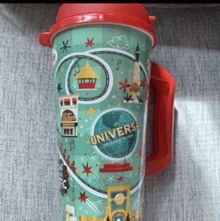 Universal studio cup