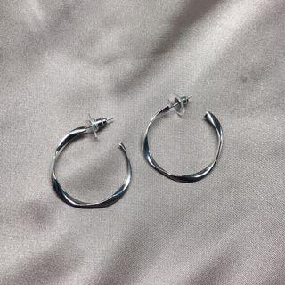 金/銀 扭紋圈耳環 Gold/ Silver twist hoop earrings