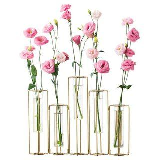 Design adjustable flower vase