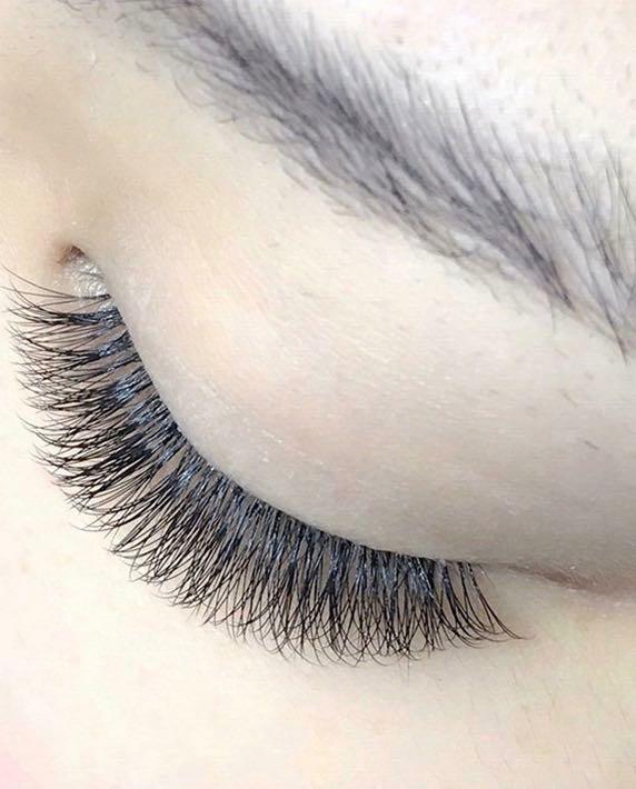 Buy 1 Get 1 Free Session - Eyelash Extension