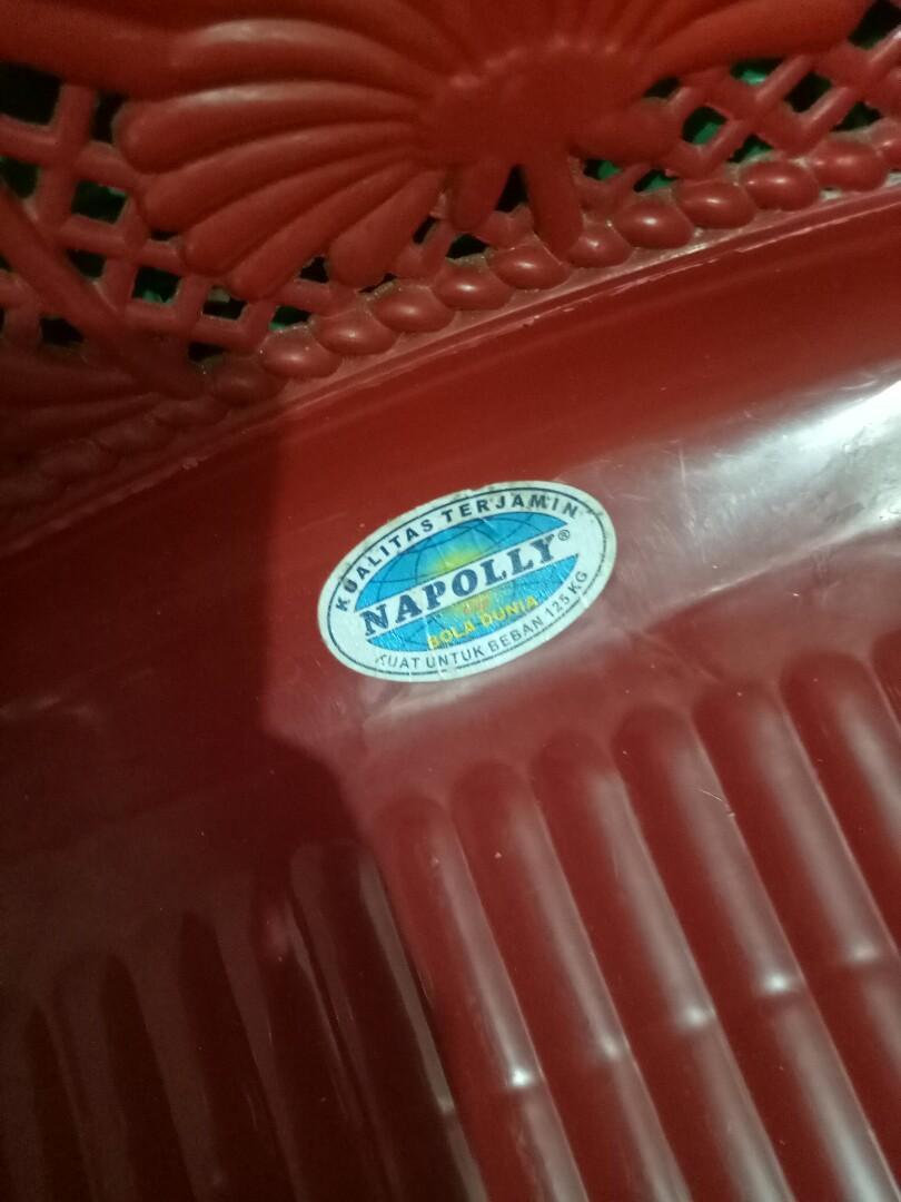 Kursi Plastik Napolly