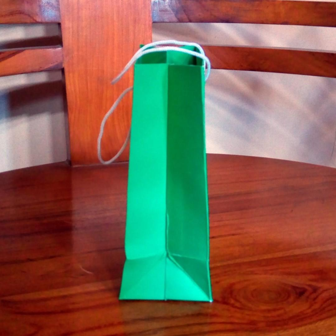 Paper Bag Kertas BC Kecil Hijau Green Ukuran P10 X L6 X T15