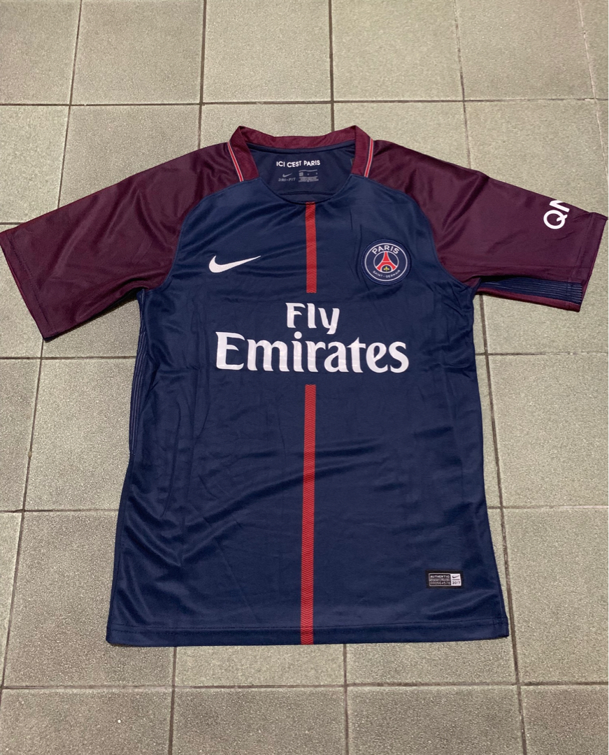 c04513a0542 PSG Paris Saint Germain Football Soccer Jersey Kit 2017-2018 18/19 size  small, Sports, Athletic & Sports Clothing on Carousell
