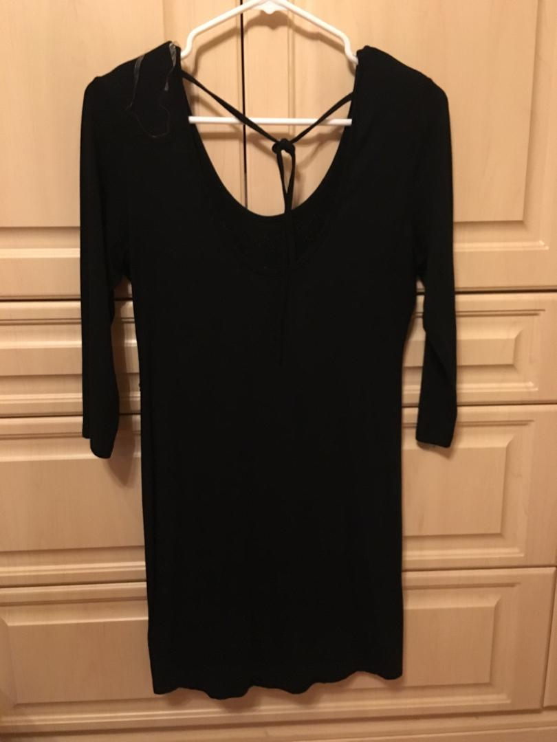 Short black sparkly half sleeve dress size small/medium
