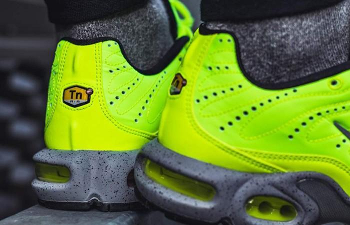 beauty run shoes preview of STEAL!!) Nike Air Max Plus Premium Volt, Men's Fashion ...