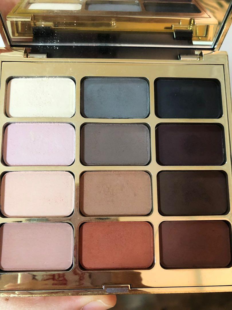 Stila matte eyeshadow palette