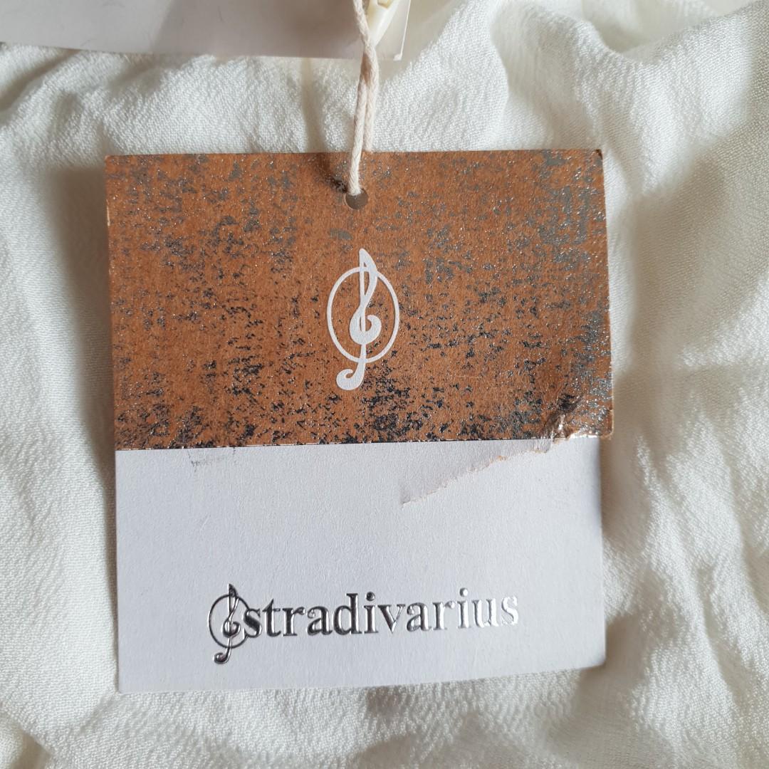 Stradivarius turtle neck ruffle blouse