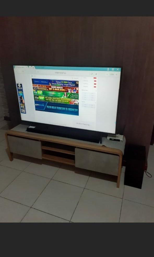 Tv 55 inchi, sound bar