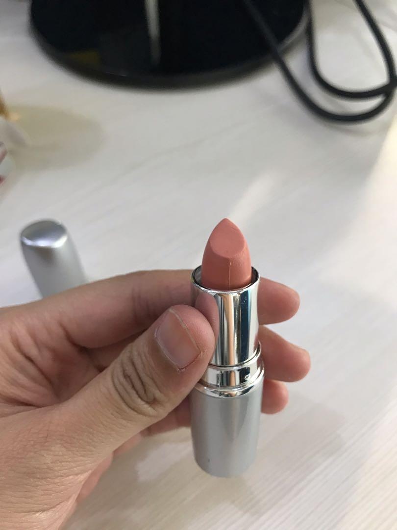 Wardah Matte Lipstick (Nuddesh Peach)