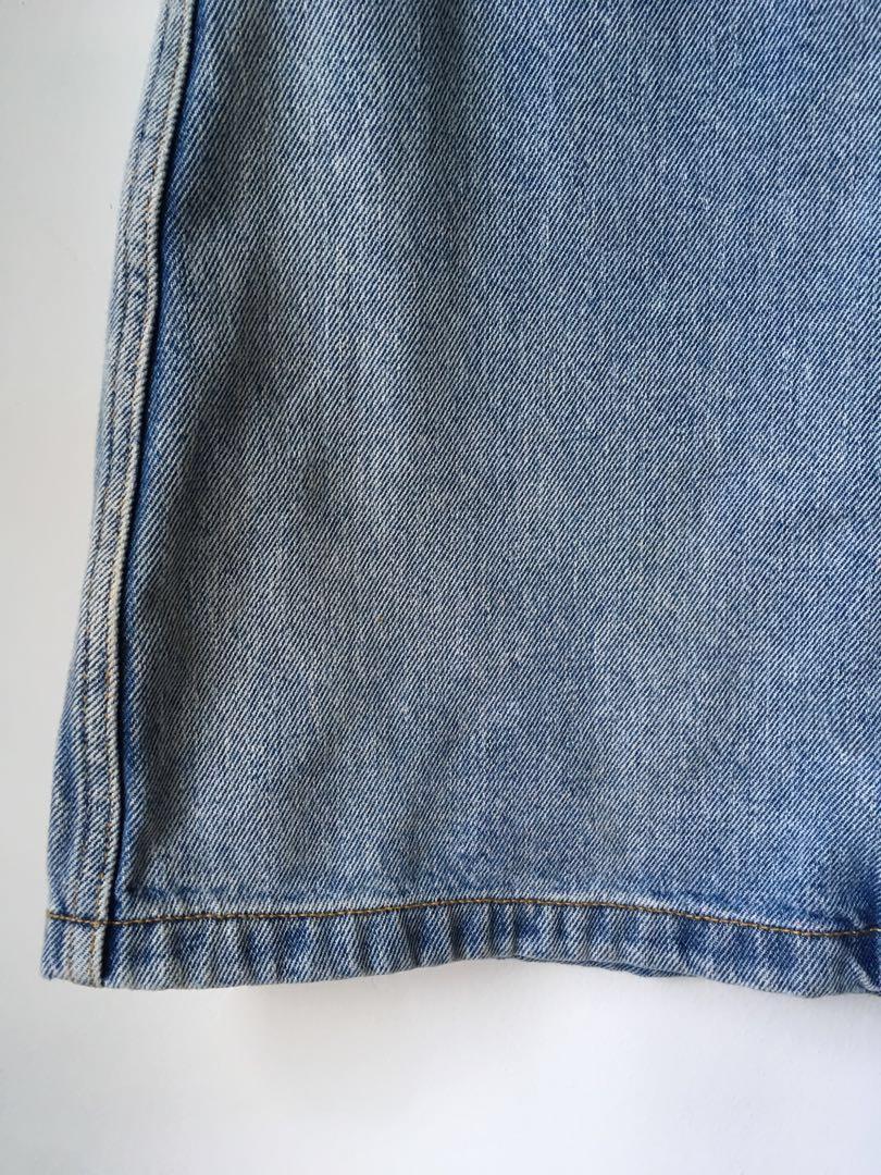 Wilfred Donyale light wash denim mini skirt from Aritzia